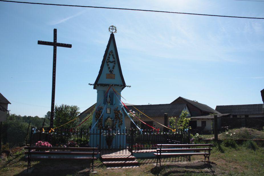 2018-05-13 Ossowice kapliczka nr2 (13)