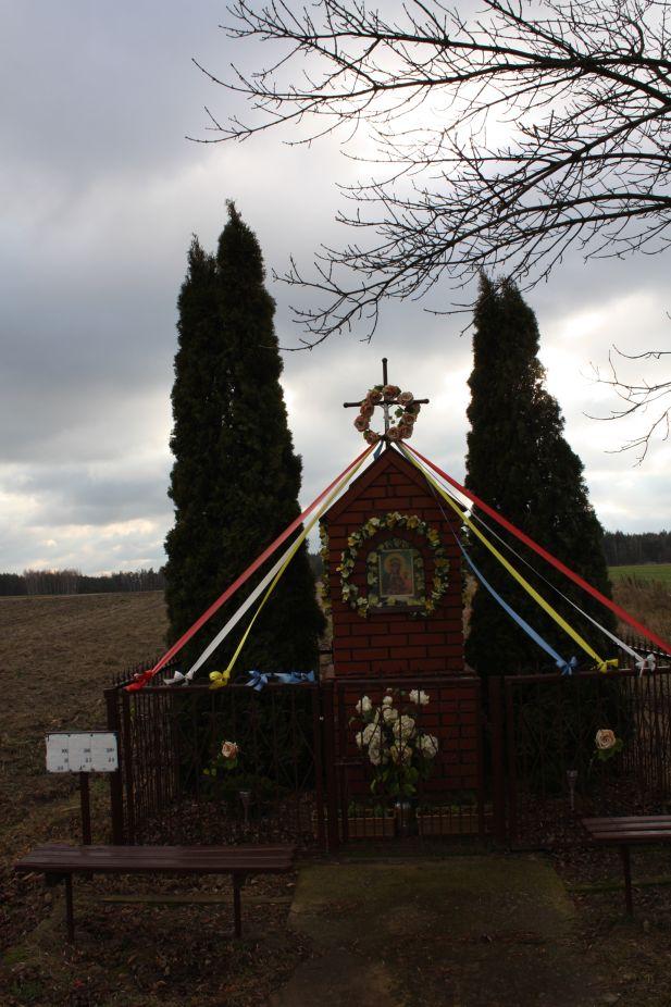 2018-12-24 Ossowice kapliczka nr1 (17)