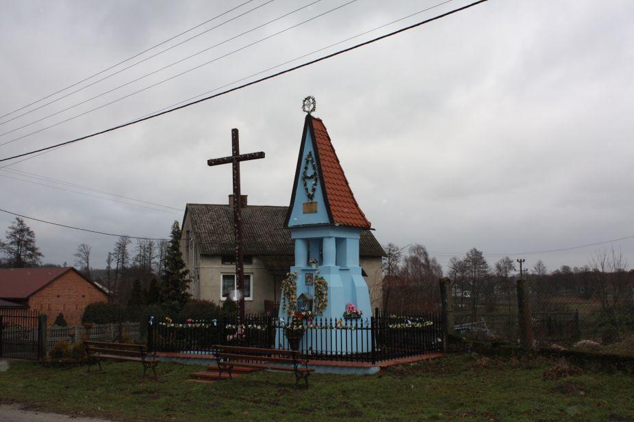 2018-12-24 Ossowice kapliczka nr2 (14)