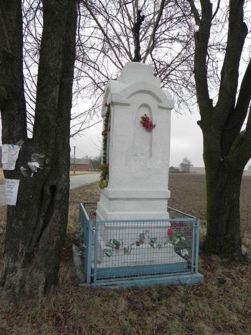 2012-03-25 Borysław kapliczka nr2 (1)