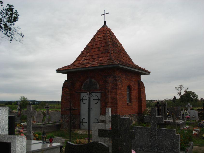 2006-09-06 Cielądz - cmentarz parafialny (1)