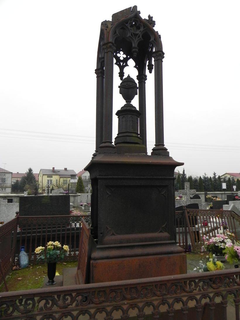2011-11-19 Cielądz - cmentarz parafialny (20)