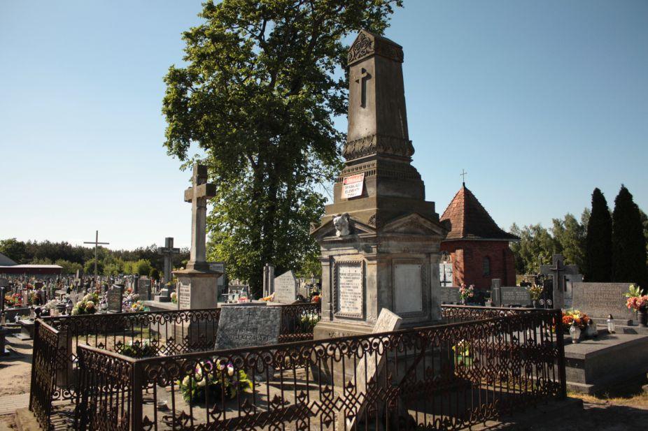 2018-05-06 Cielądz - cmentarz parafialny (10)