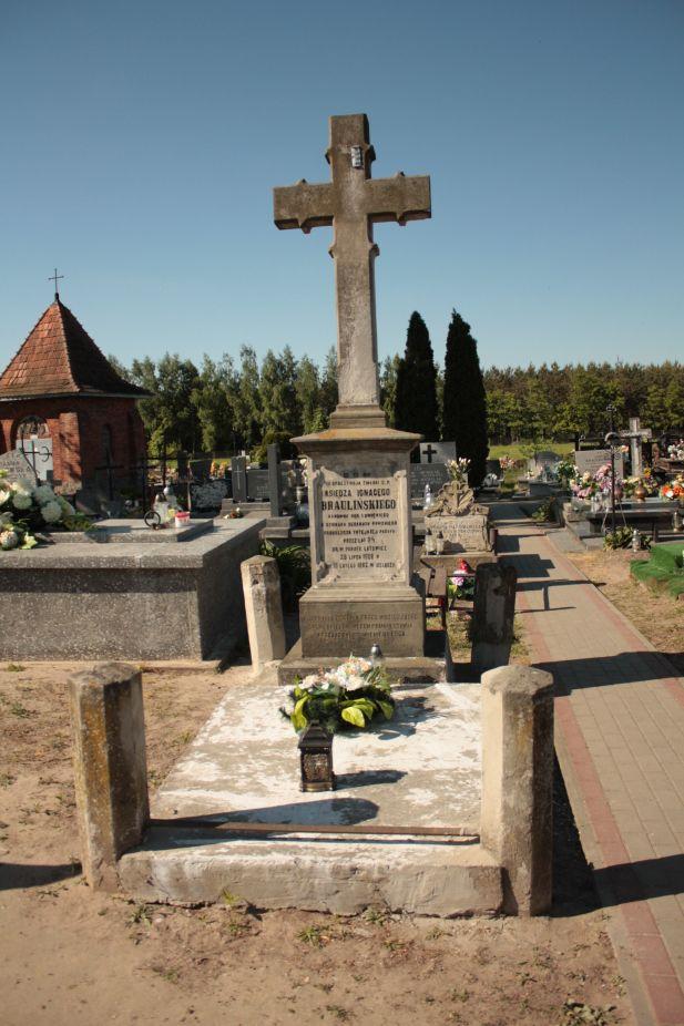 2018-05-06 Cielądz - cmentarz parafialny (19)