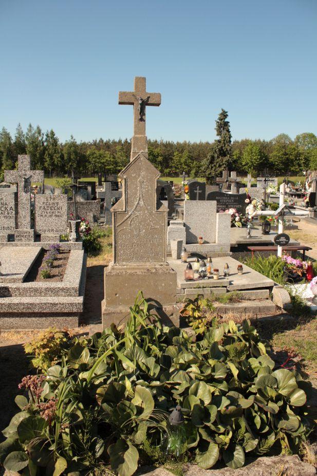 2018-05-06 Cielądz - cmentarz parafialny (35)