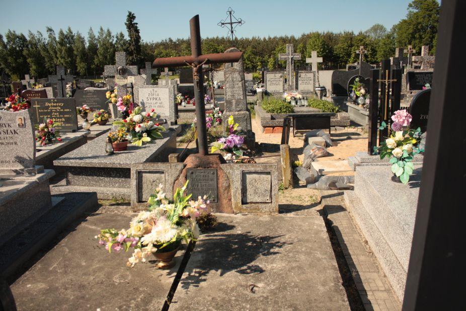 2018-05-06 Cielądz - cmentarz parafialny (37)