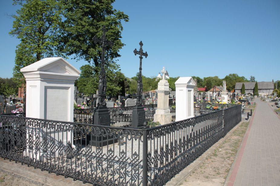 2018-05-06 Cielądz - cmentarz parafialny (72)