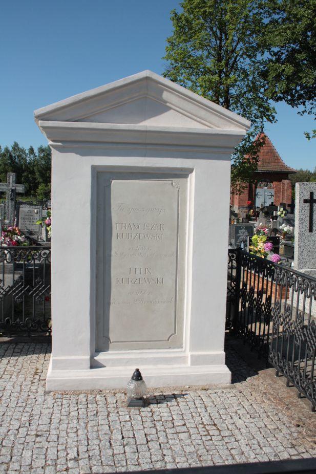 2018-05-06 Cielądz - cmentarz parafialny (86)