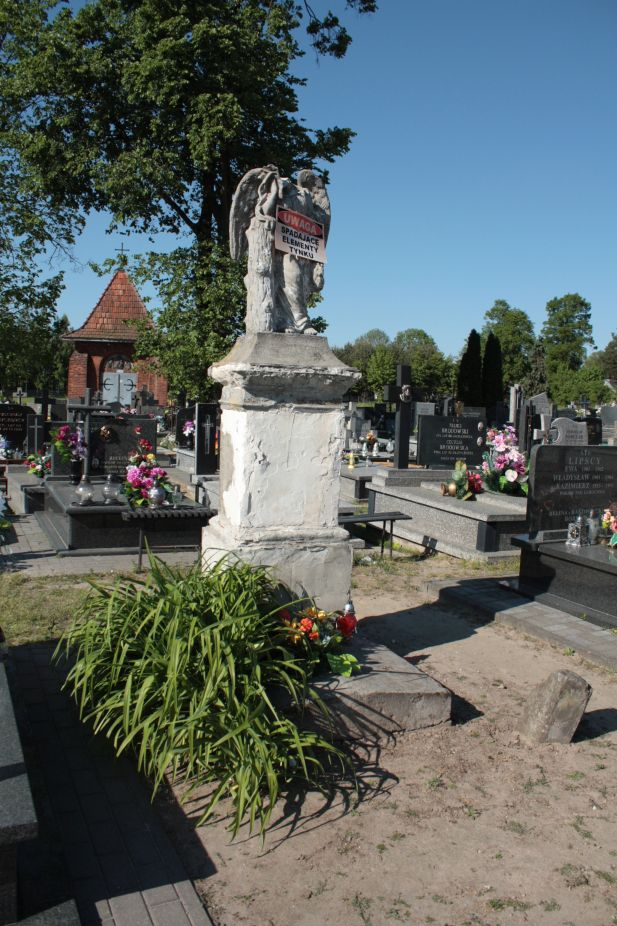2018-05-06 Cielądz - cmentarz parafialny (89)