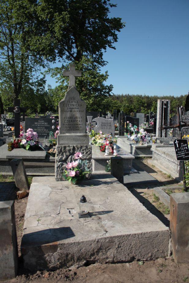 2018-05-06 Cielądz - cmentarz parafialny (91)