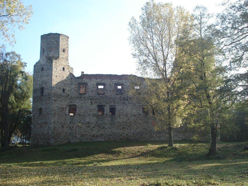 2007-10-21 Drzewica - ruiny zamku (15)
