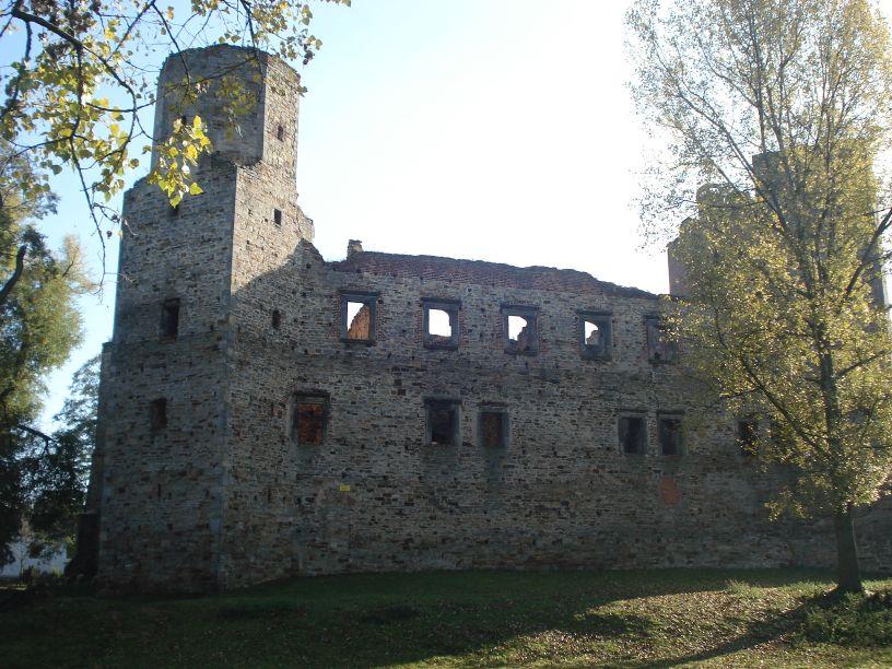 2007-10-21 Drzewica - ruiny zamku (18)