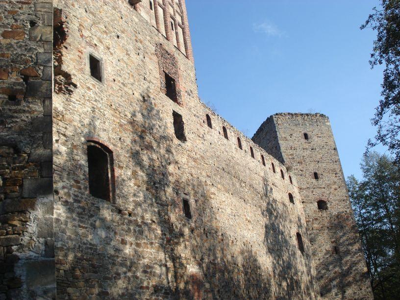 2007-10-21 Drzewica - ruiny zamku (20)