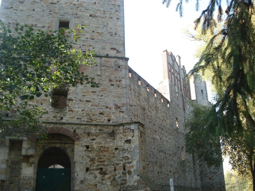 2007-10-21 Drzewica - ruiny zamku (21)