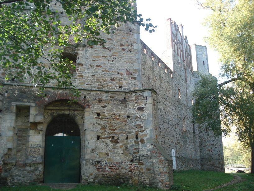 2007-10-21 Drzewica - ruiny zamku (25)