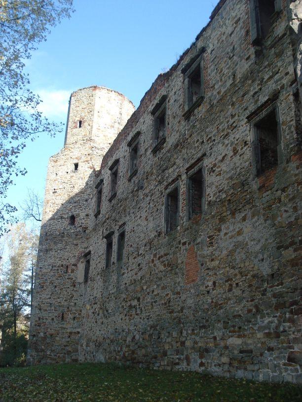 2007-10-21 Drzewica - ruiny zamku (32)