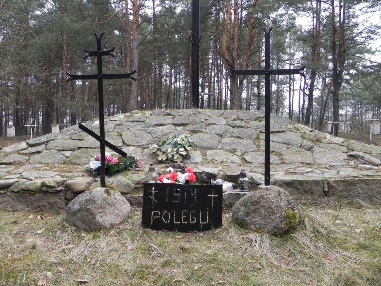 2011-04-17 Inowłódz - cm. z I wojny światowej (13)