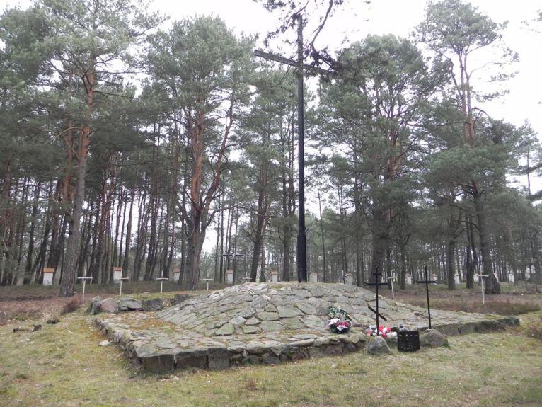 2011-04-17 Inowłódz - cm. z I wojny światowej (17)