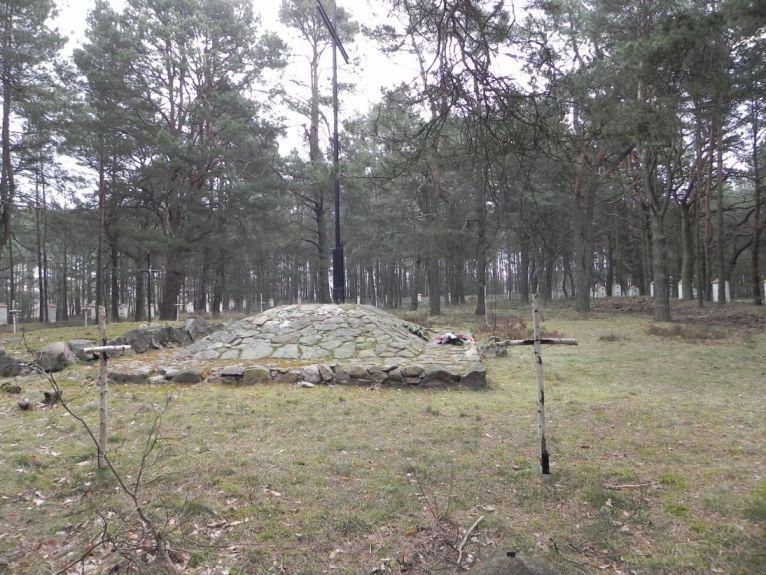 2011-04-17 Inowłódz - cm. z I wojny światowej (21)