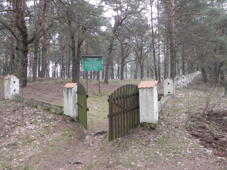 2011-04-17 Inowłódz - cm. z I wojny światowej (28)