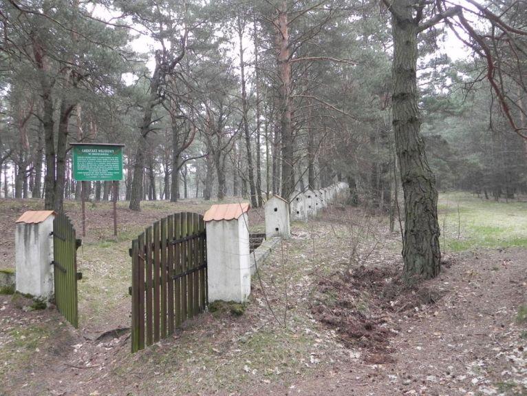2011-04-17 Inowłódz - cm. z I wojny światowej (29)