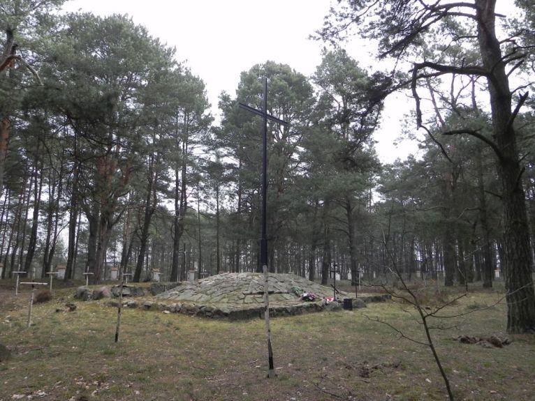2011-04-17 Inowłódz - cm. z I wojny światowej (46)