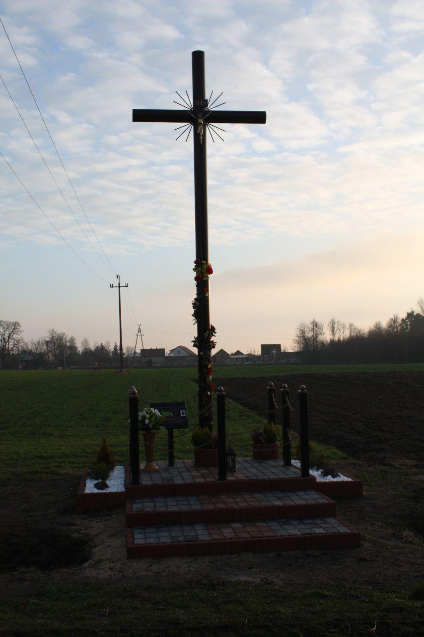 Sierzchowy krzyż nr1 (7)