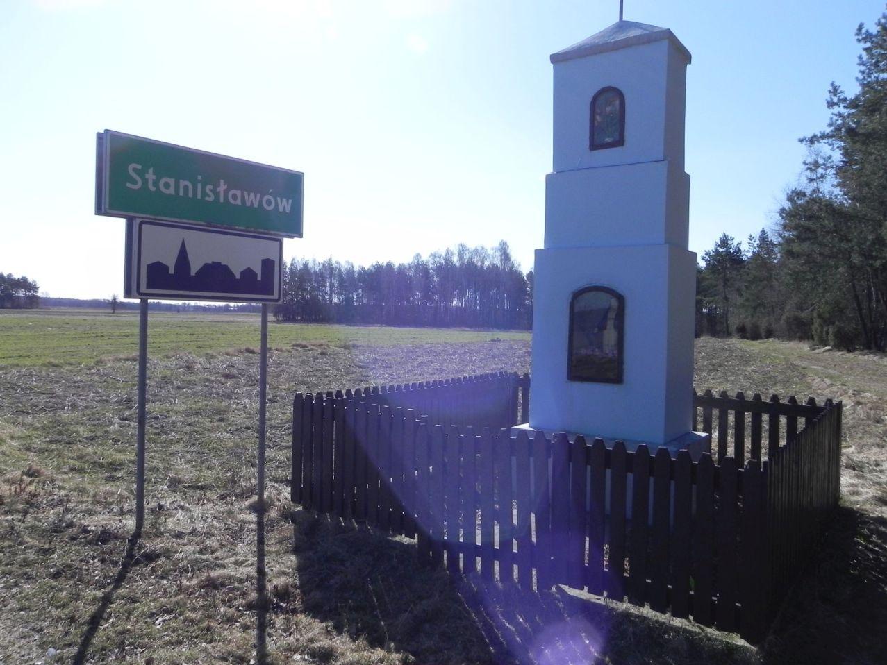 Stanisławów - kapliczka (1)