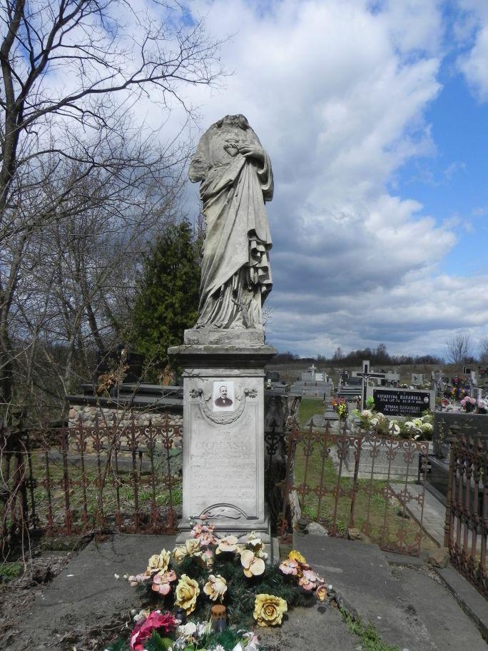 2011-04-10 Inowłódz - cmentarz parafialny (14)