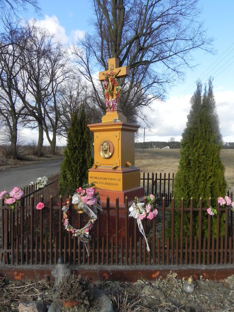 2011-03-06 Stolniki kapliczka nr1 (3)