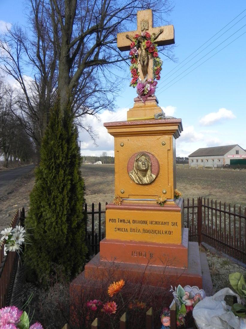 2011-03-06 Stolniki kapliczka nr1 (4)