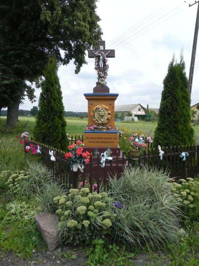 2011-08-15 Stolniki kapliczka nr1 (4)