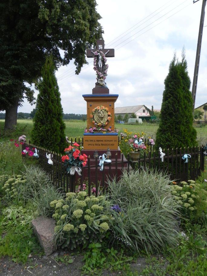 2011-08-15 Stolniki kapliczka nr1 (5)