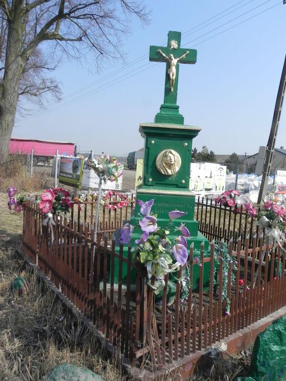 2018-03-25 Stolniki kapliczka nr1 (4)