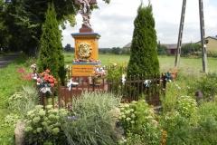 2011-08-15 Stolniki kapliczka nr1 (1)