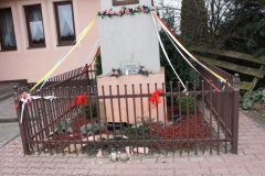 2019-03-10 Strzemeszna kapliczka nr1 (4)