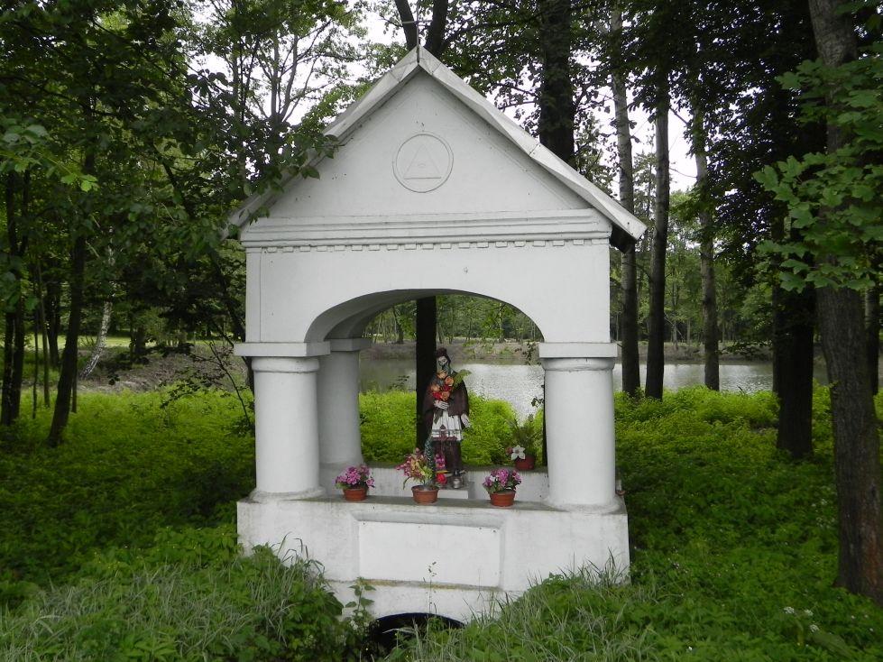 2014-06-15 Studzianki kapliczka nr1 (1)