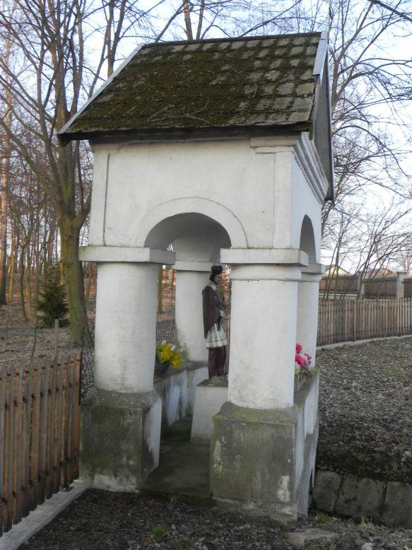 2018-03-25 Studzianki kapliczka nr1 (7)