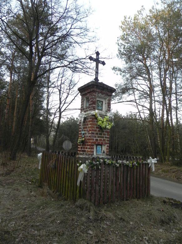 2018-03-25 Studzianki kapliczka nr3 (3)