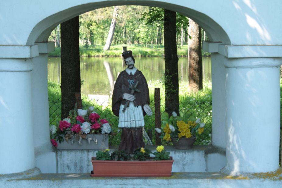 2018-05-13 Studzianki kapliczka nr1 (7)