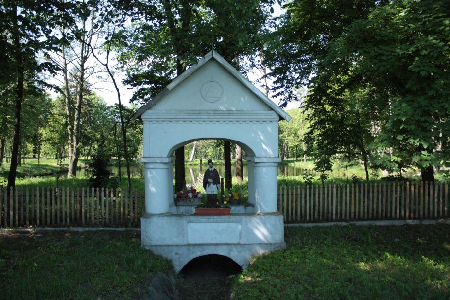 2018-05-13 Studzianki kapliczka nr1 (9)