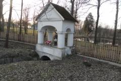 2018-03-25 Studzianki kapliczka nr1 (1)