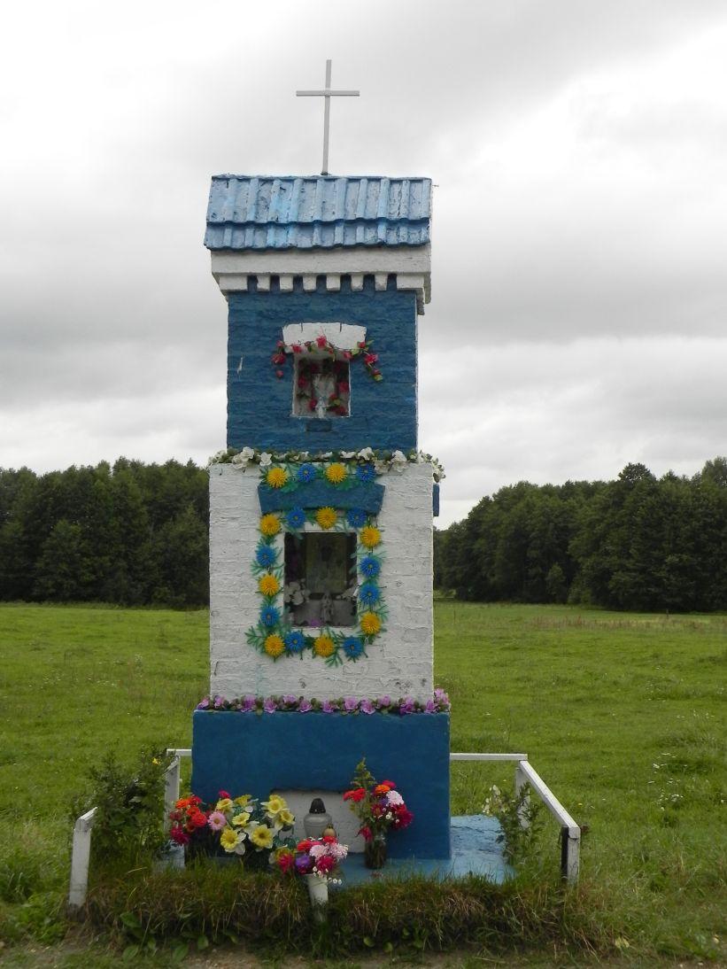 2011-09-09 Świnice kapliczka nr1 (7)