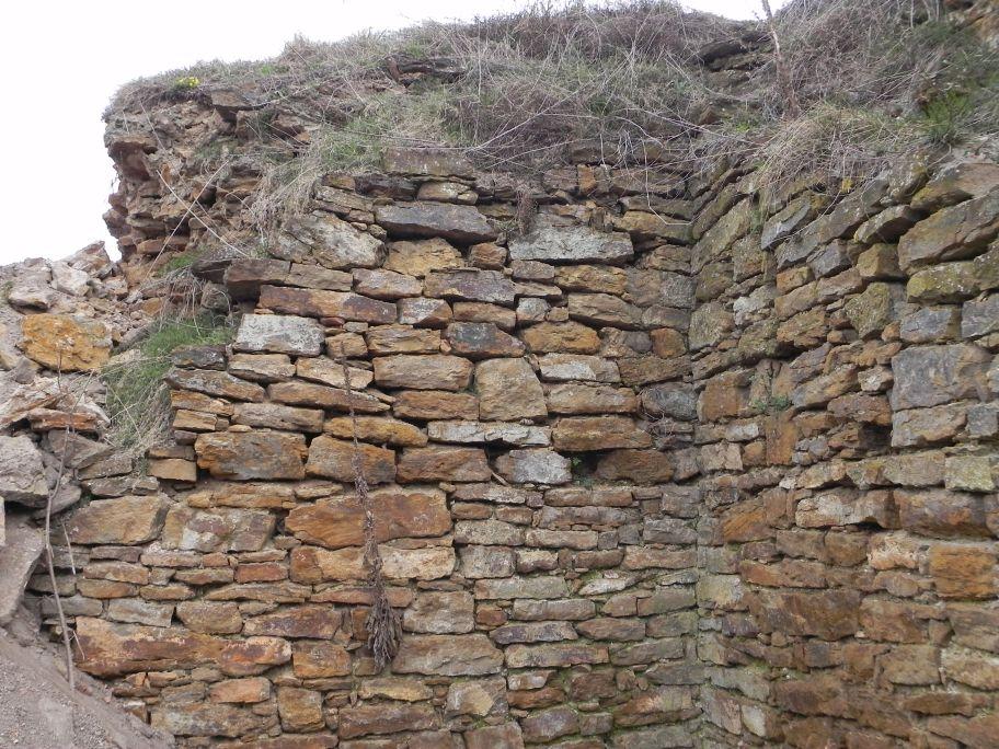 2011-04-17 Inowłódz - ruiny zamku (18)