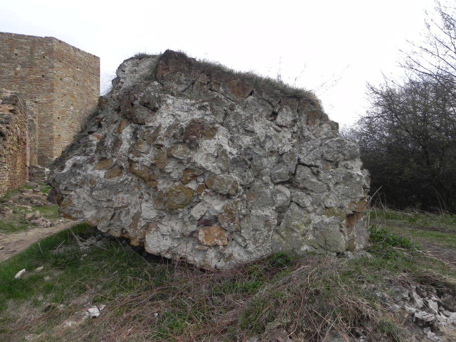 2011-04-17 Inowłódz - ruiny zamku (23)