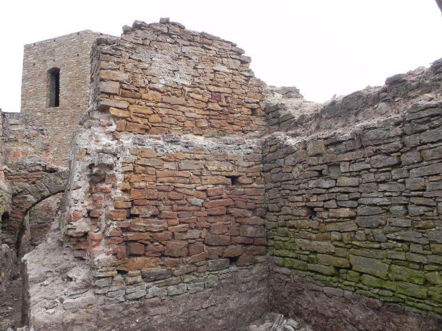 2011-04-17 Inowłódz - ruiny zamku (28)