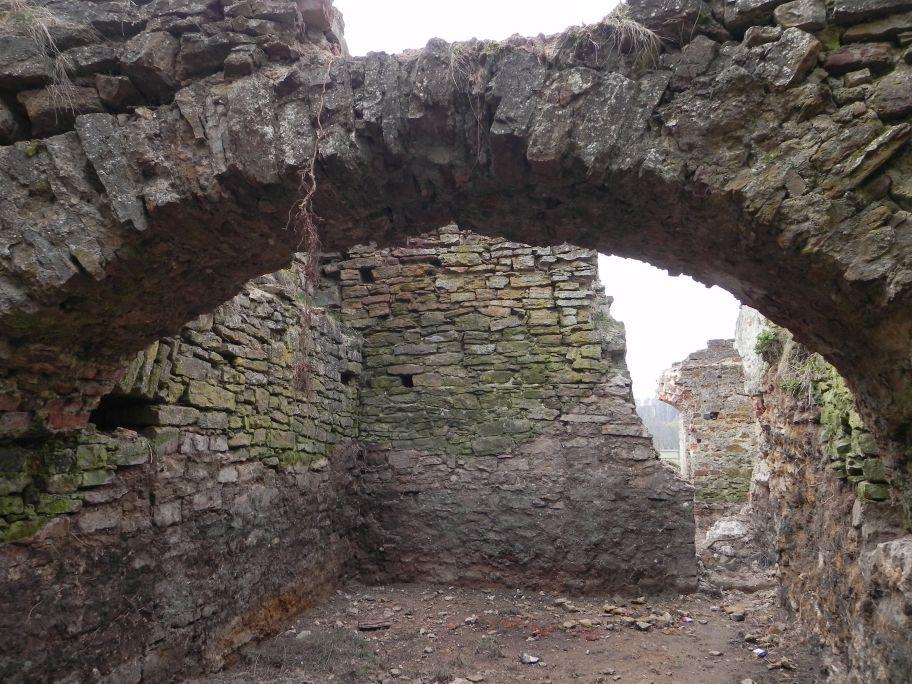 2011-04-17 Inowłódz - ruiny zamku (44)