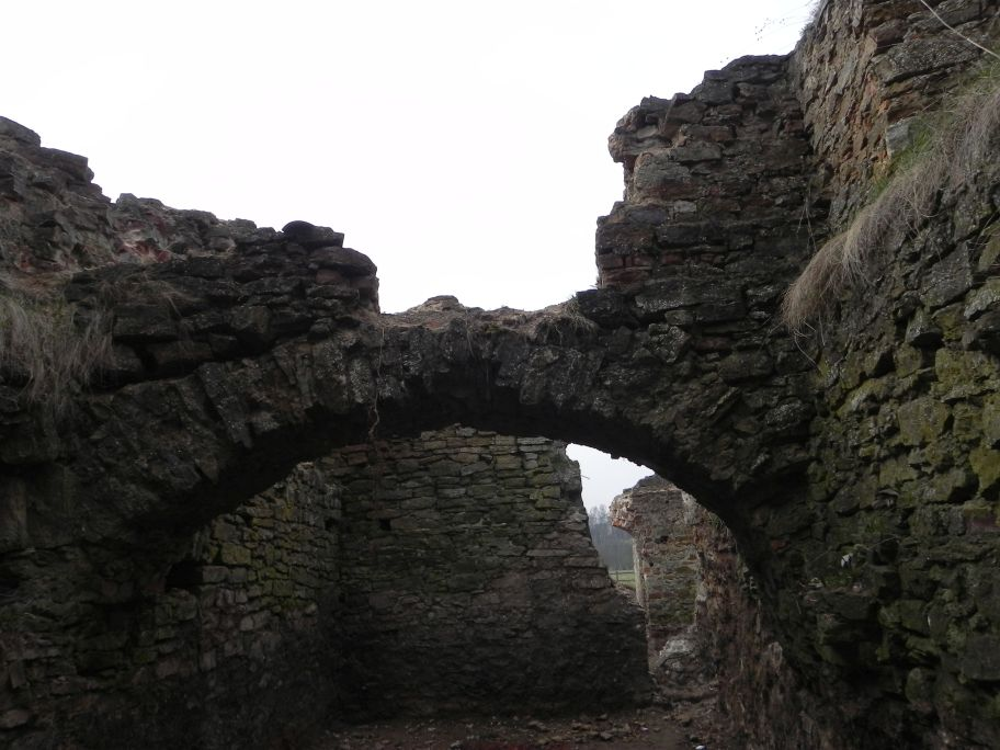 2011-04-17 Inowłódz - ruiny zamku (46)