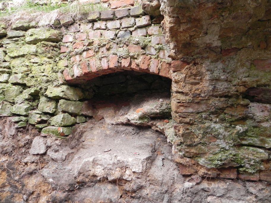 2011-04-17 Inowłódz - ruiny zamku (52)
