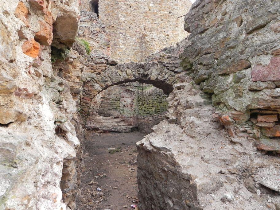 2011-04-17 Inowłódz - ruiny zamku (53)